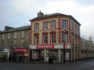 Woolworths_in_Elgin_-_geograph_org_uk_-_1063056