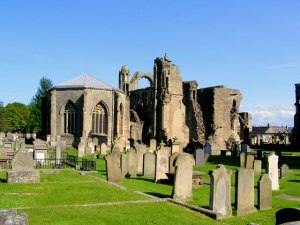 Elgin_Cathedral_-_geograph_org_uk_-_811176